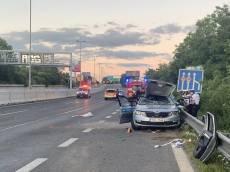 Opilá a zfetovaná řidička nabourala do policejního vozu. Jeden z policistů přišel o život